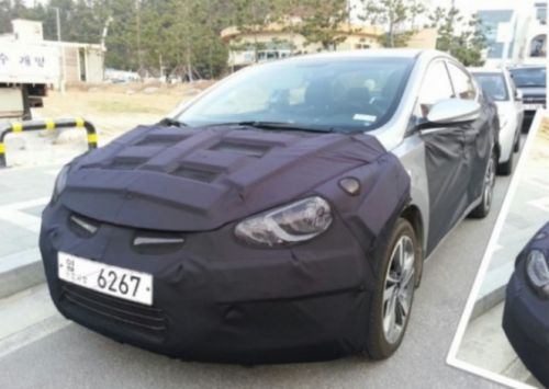 2014 Hyundai Elantra spied front three quarter
