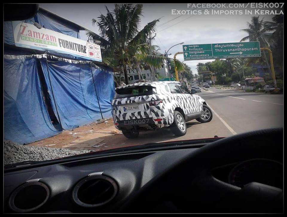 2015 Land Rover Freelander spied
