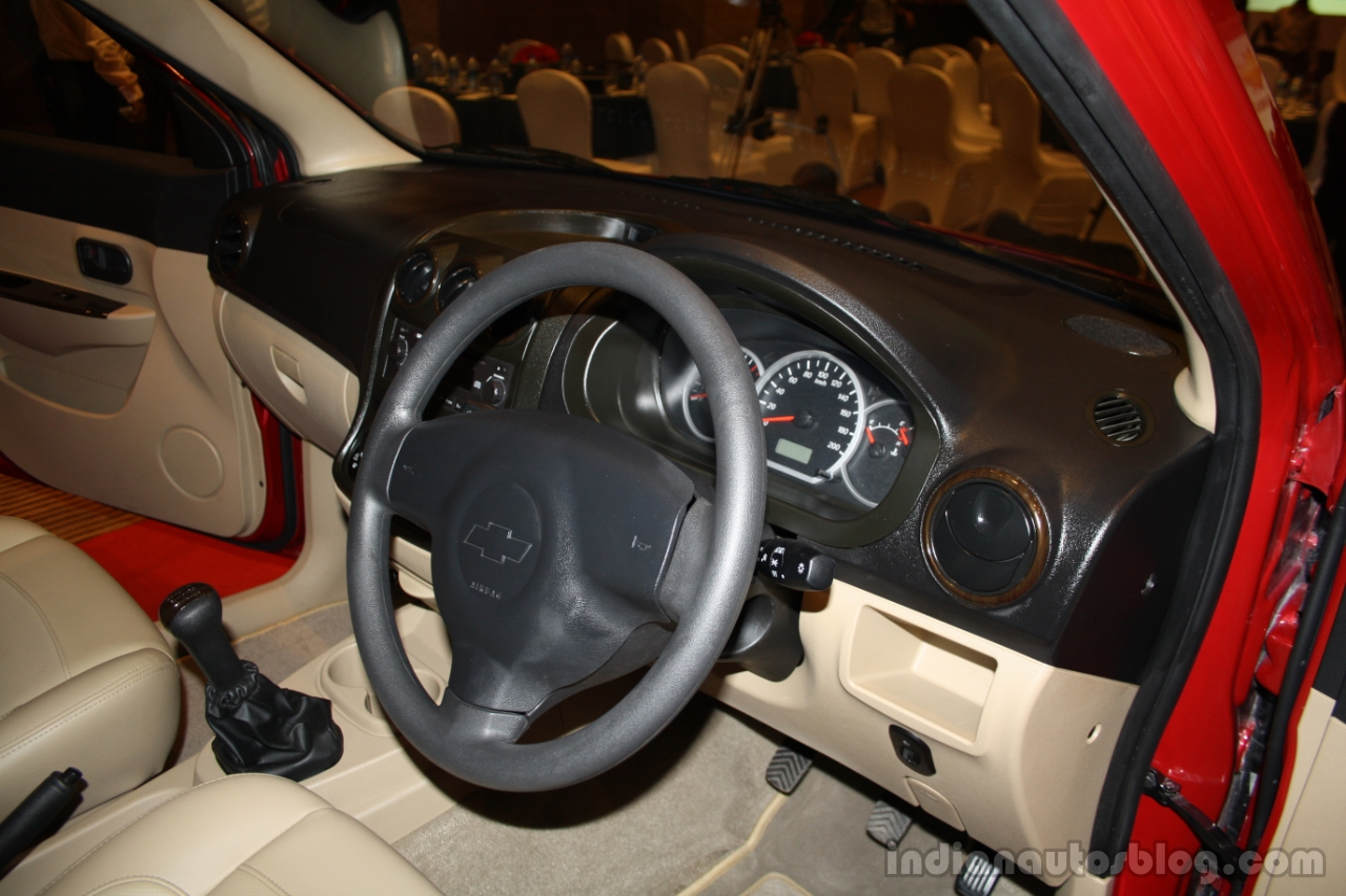 Chevrolet Enjoy steering wheel