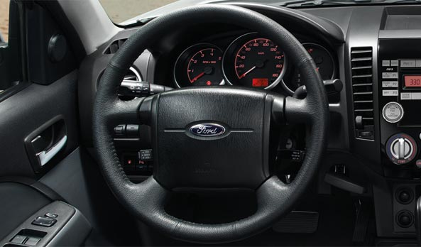 Ford Endeavour facelift interior