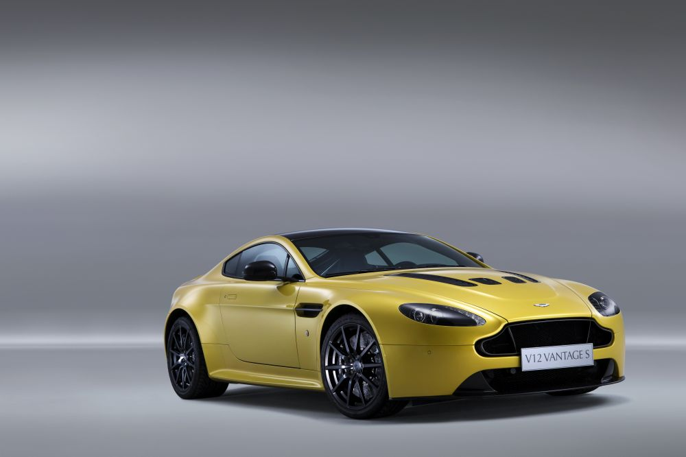 New Aston Martin V12 Vantage S front quarter right