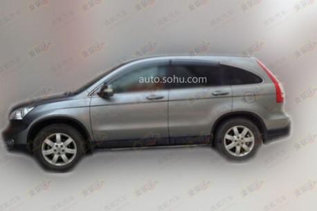 Old Honda CR-V spied in China side