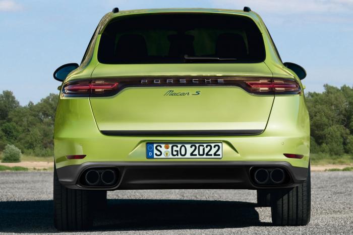 Porsche Macan rendering rear