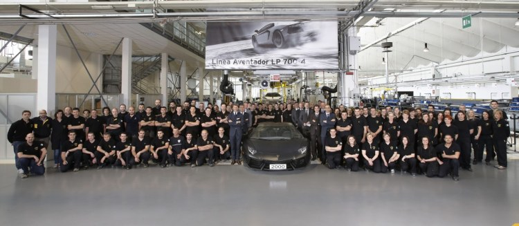 2000th Lamborghini Aventador rolls out