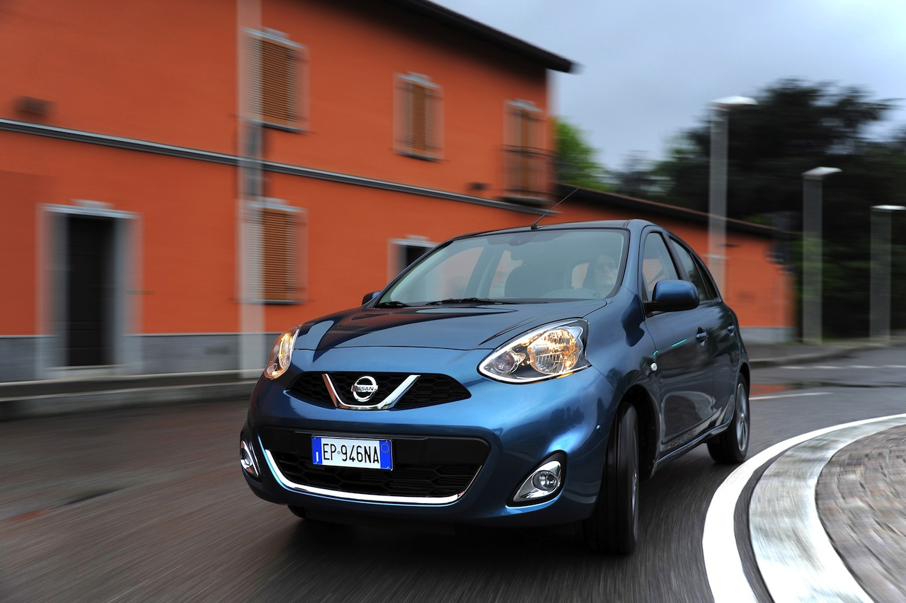 2013 Nissan Micra facelift turning