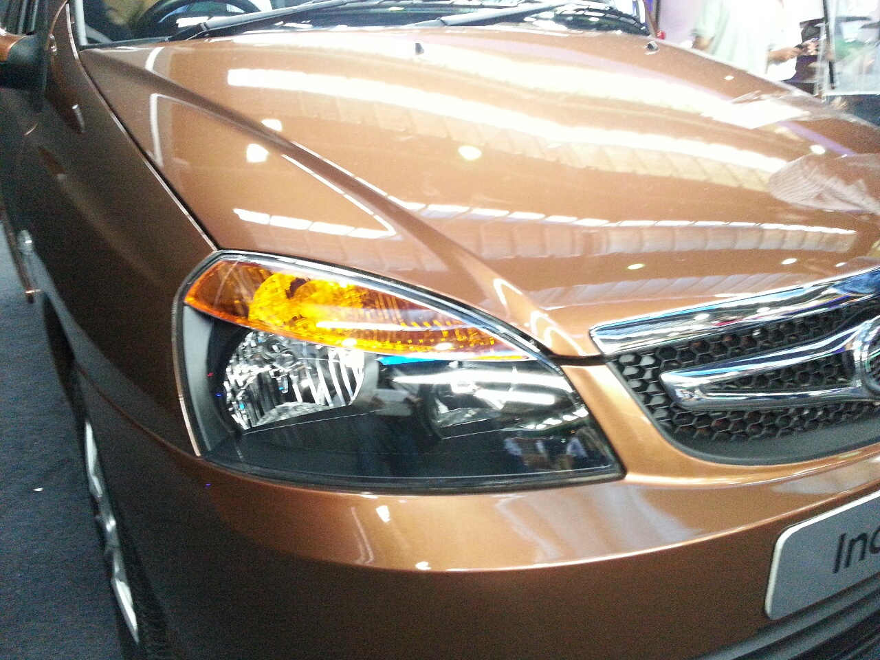 2013 Tata Indigo eCS headlight