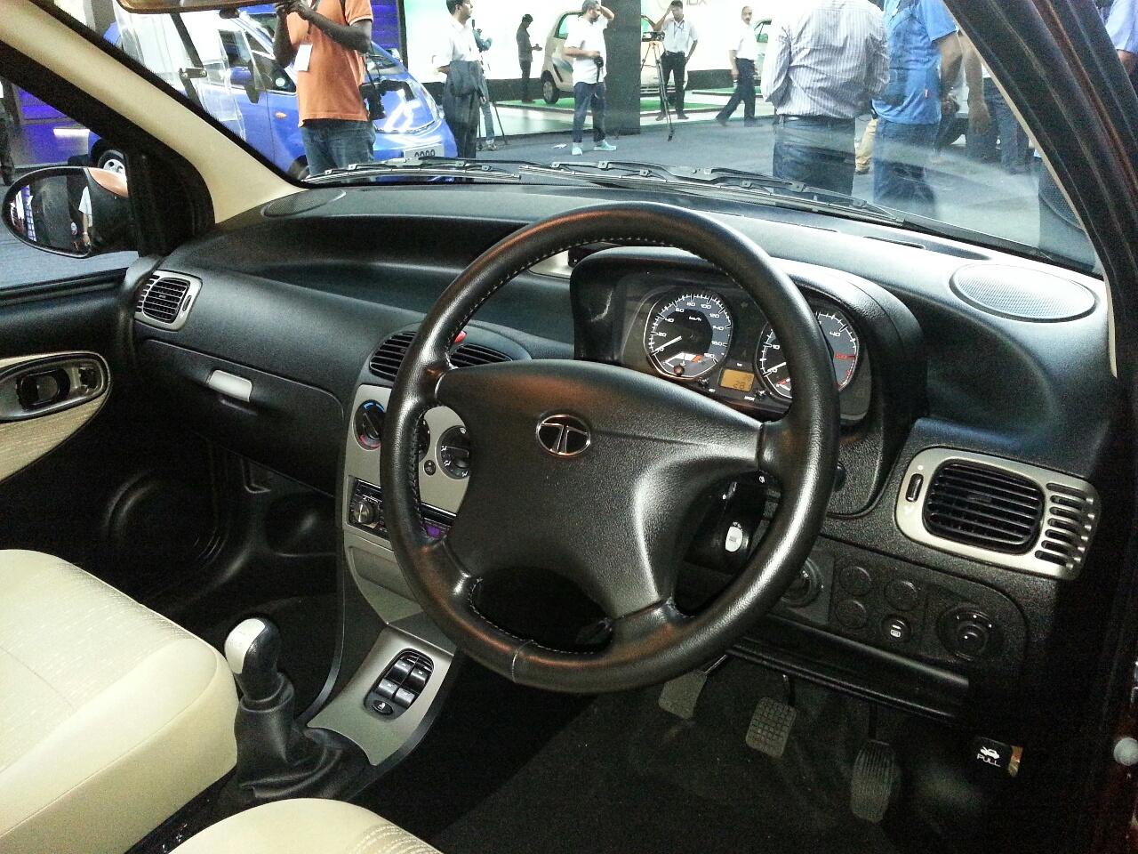 2013 Tata Indigo eCS steering wheel