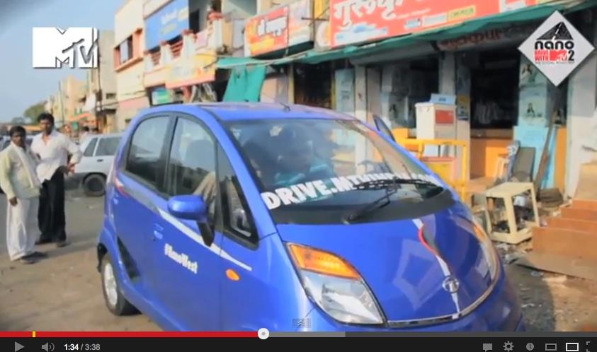 2013 Tata Nano new body color and chrome strip on the bonnet