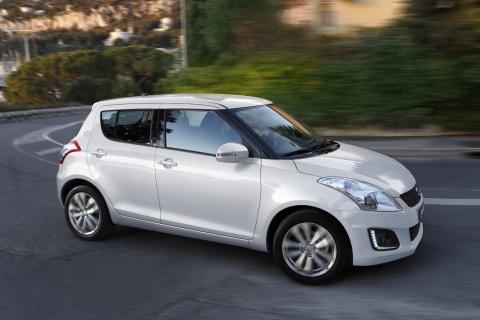 2014 Suzuki Swift accidentally revealed white