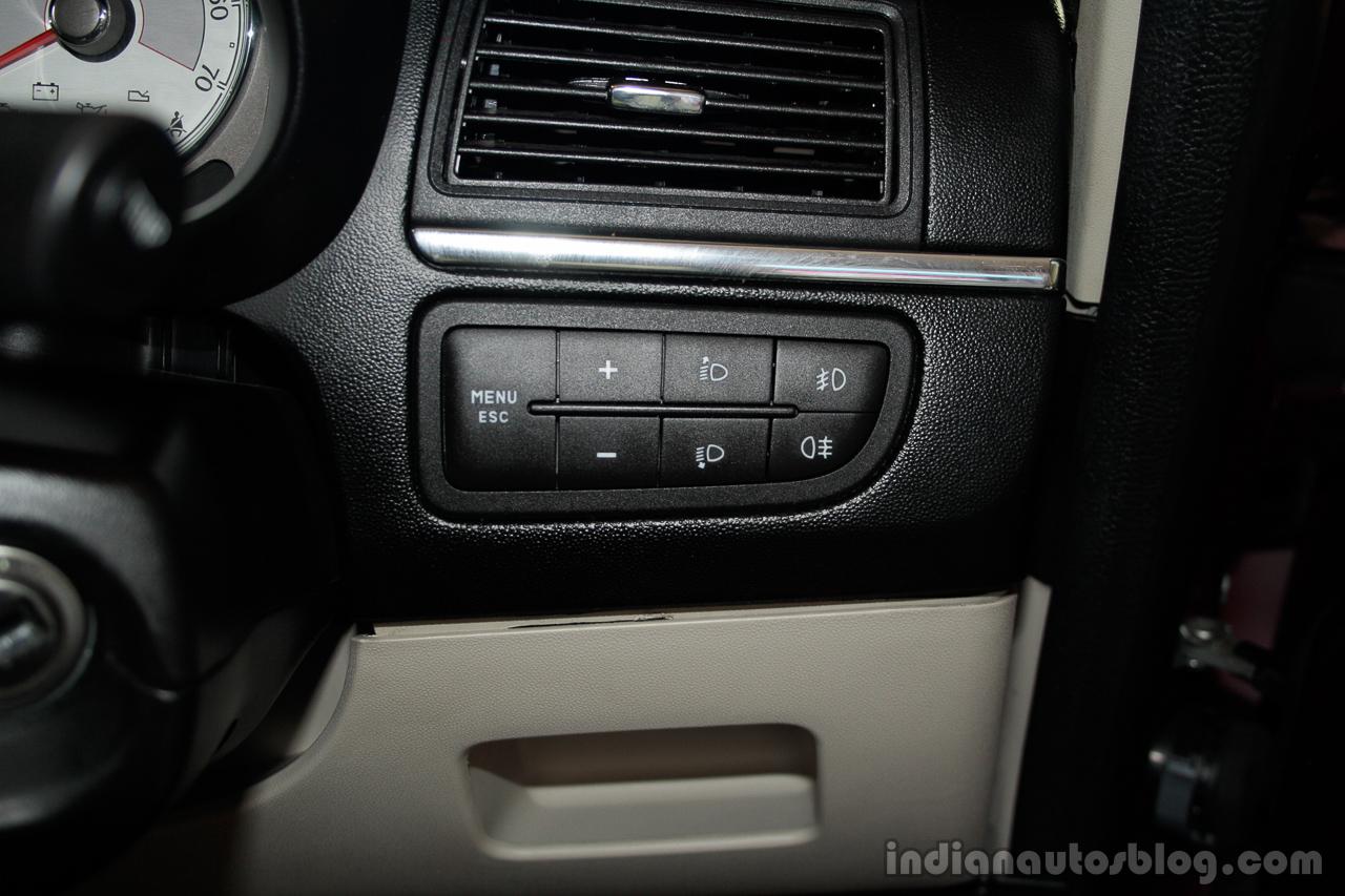 Fiat Linea Tjet controls