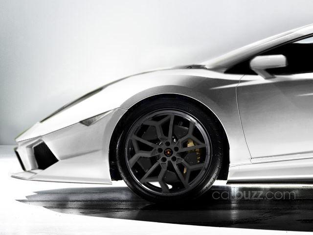 Lamborghini Cabrera wheel