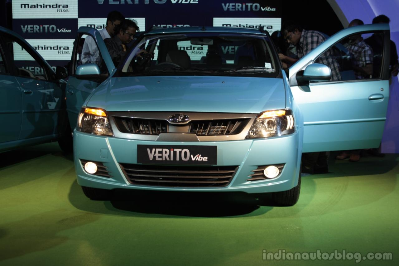 Mahindra Verito Vibe front view