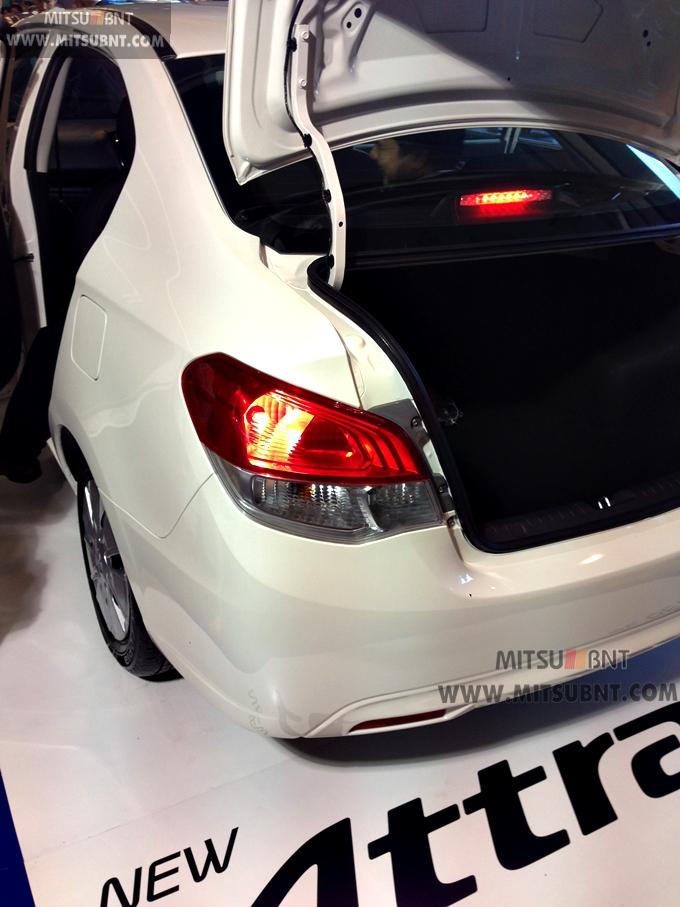 Mitsubishi Attrage boot open