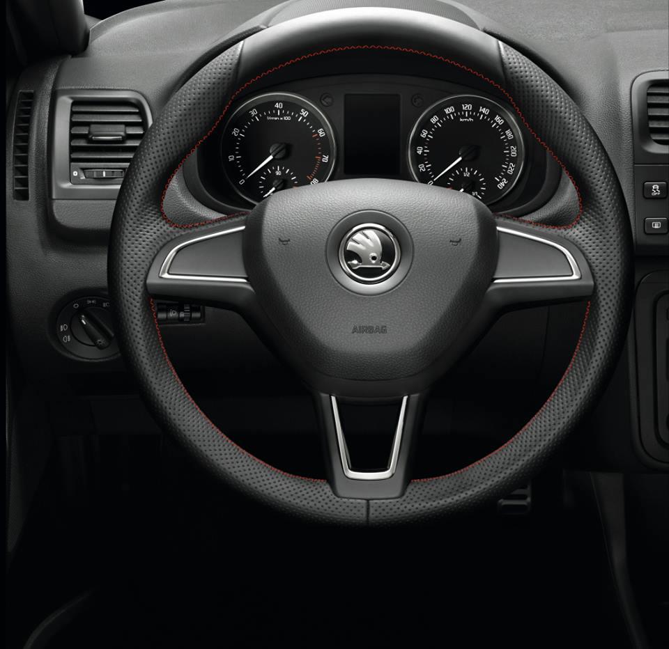 Skoda Roomster Noire steering wheel