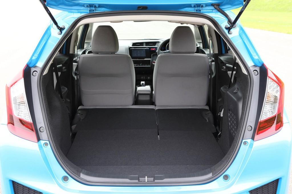 2014 Honda Jazz Fit Hybrid Boot Space