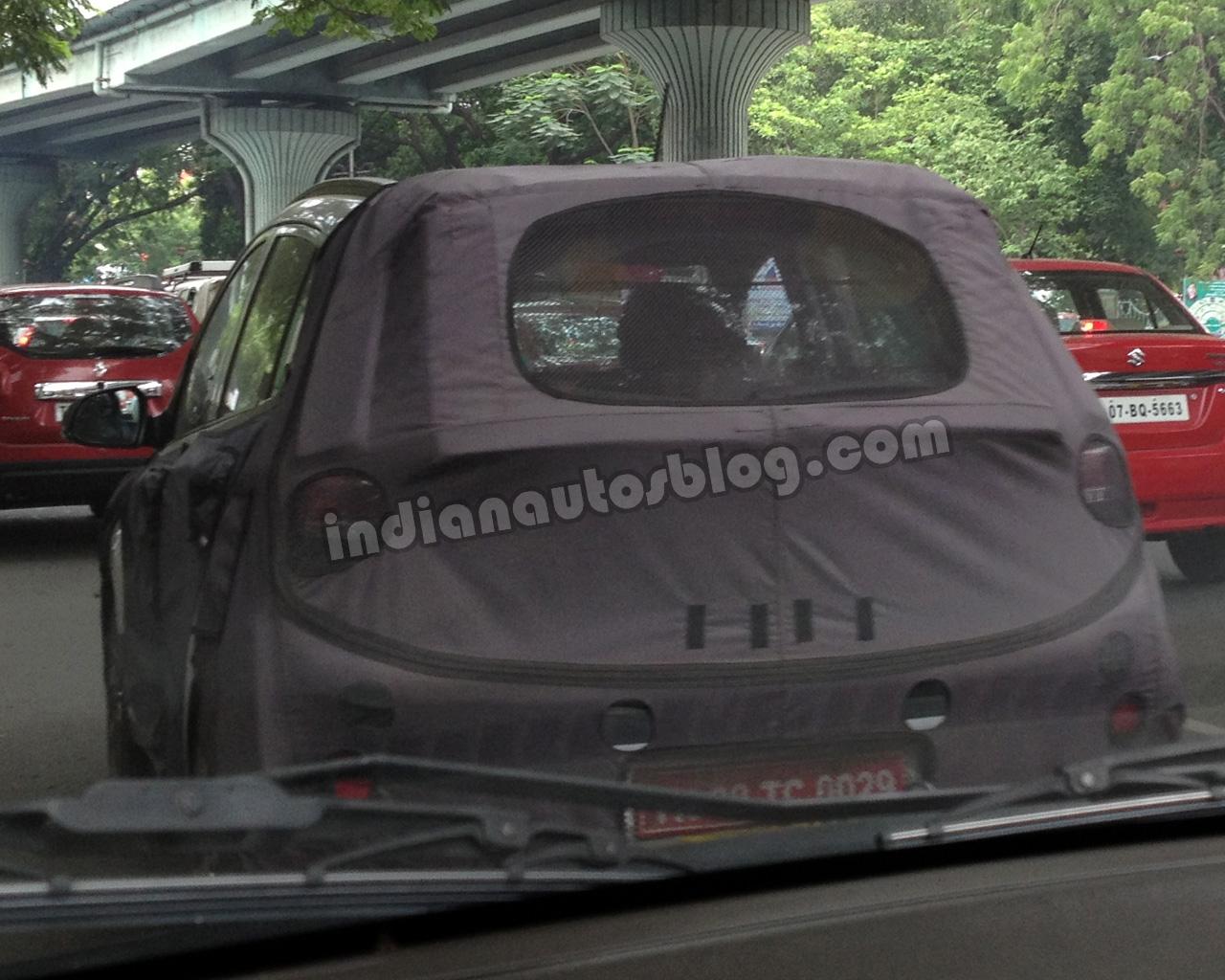 2014 Hyundai i10 spied in India