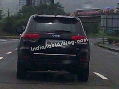2014 Jeep Grand Cherokee spied in India rear