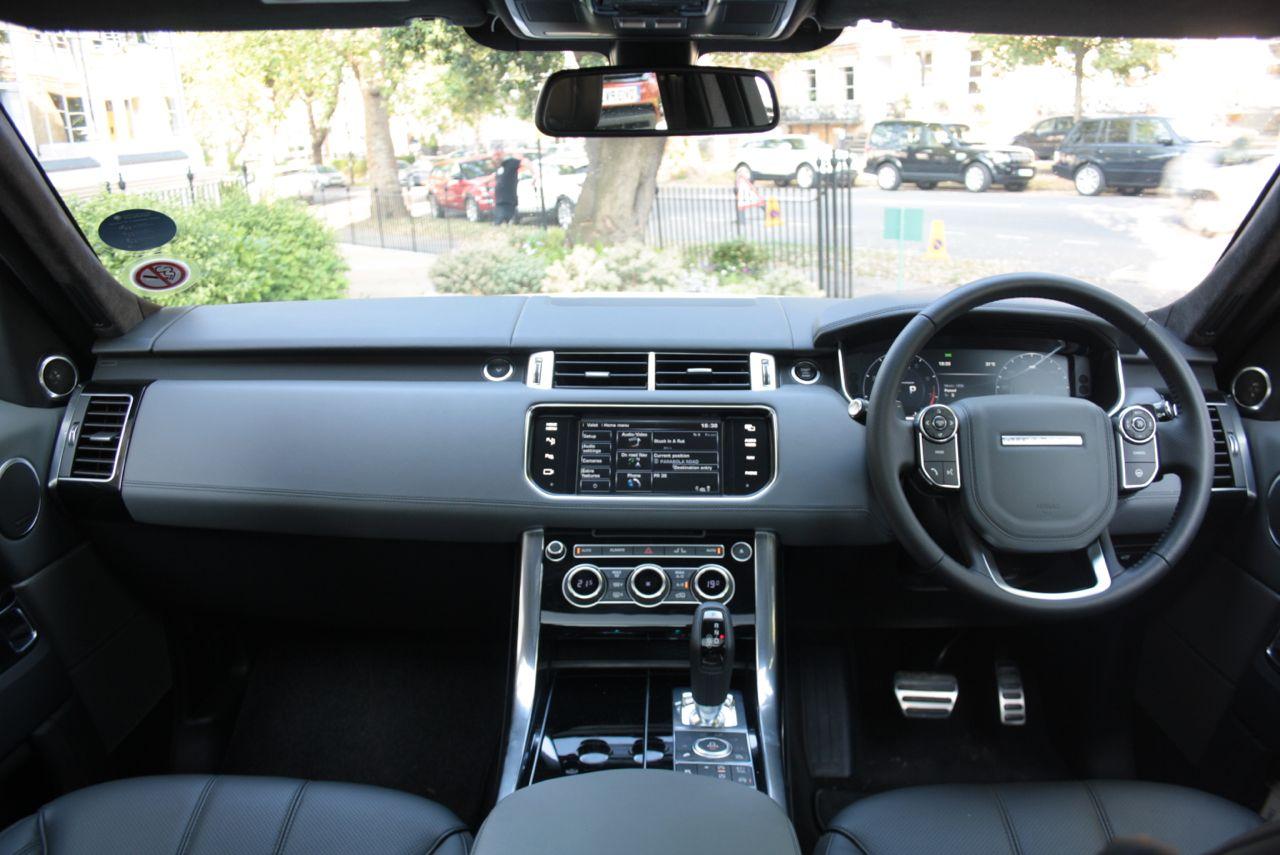 2014 Range Rover Sport dashboard