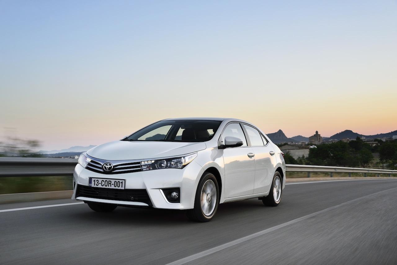 2014 Toyota Corolla European specification (10)