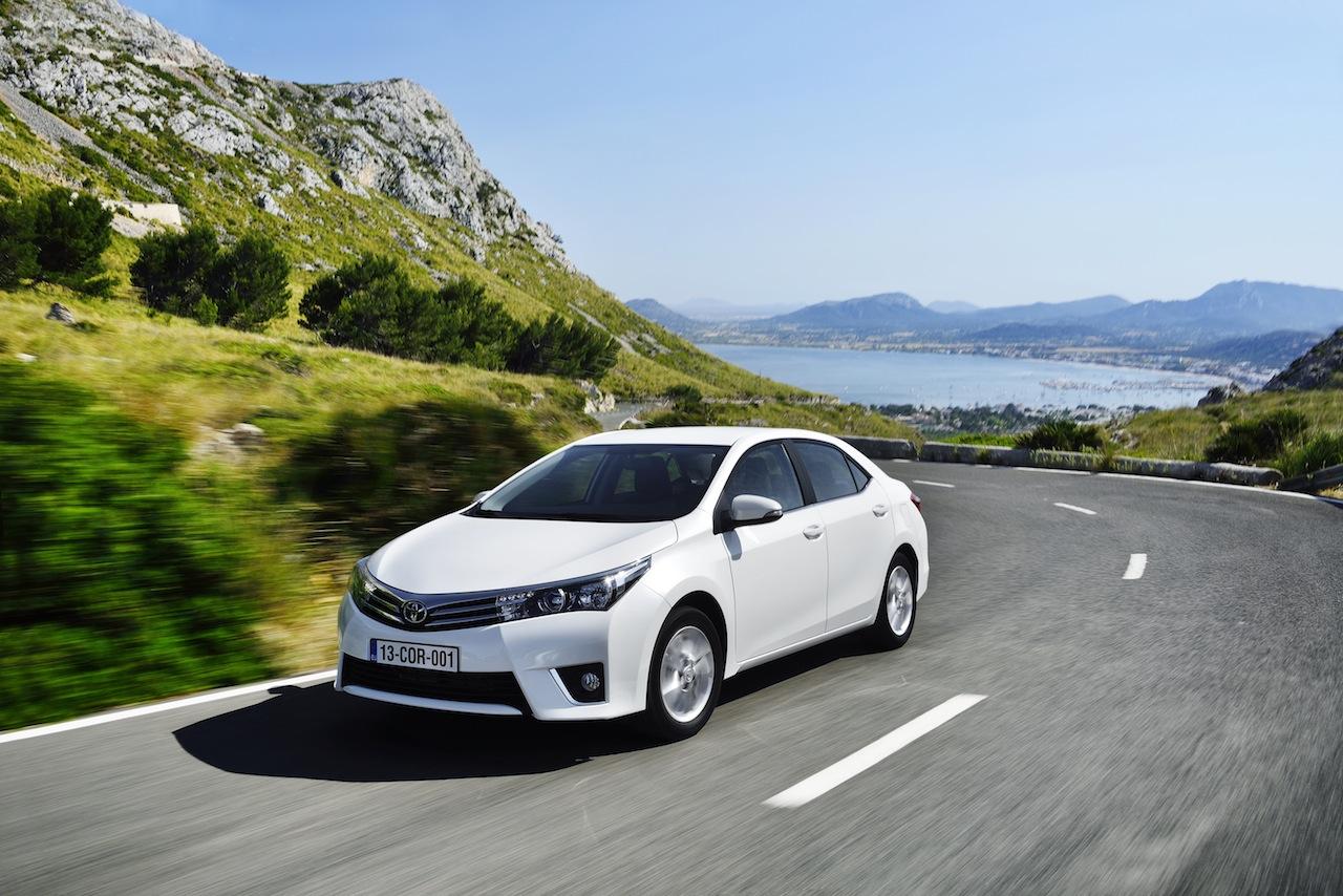 2014 Toyota Corolla European specification (19)