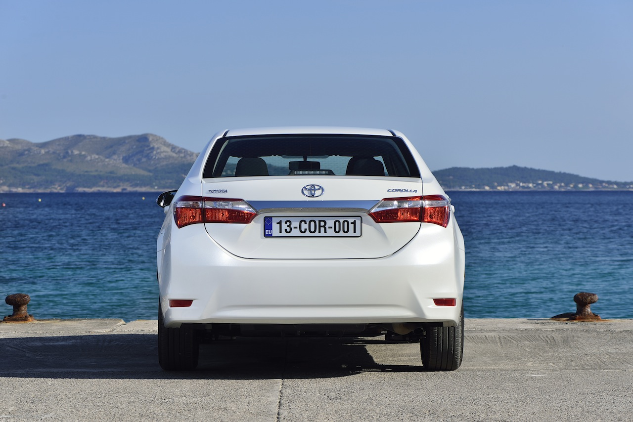 2014 Toyota Corolla European specification (55)