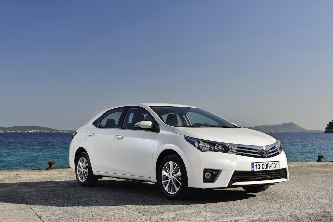 2014 Toyota Corolla European specification (58)