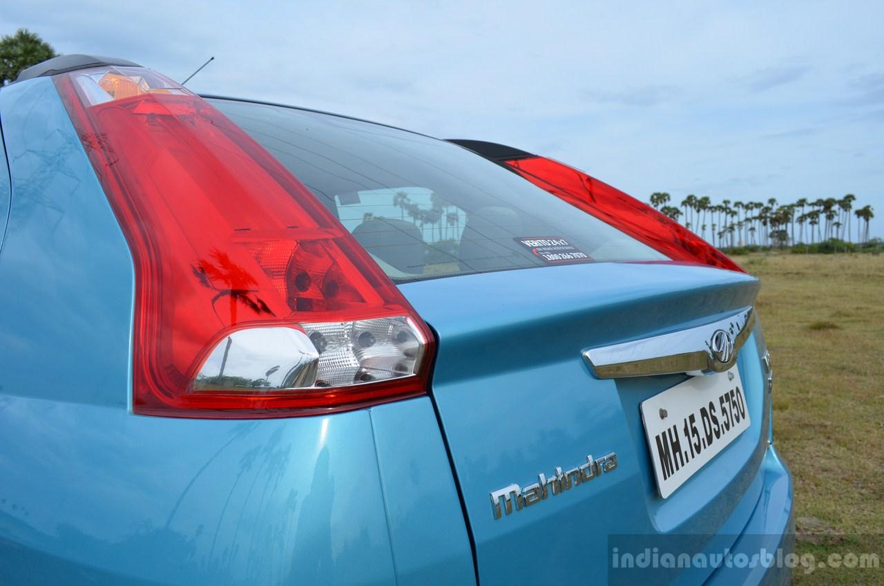 Mahindra Verito Vibe rear bootlip