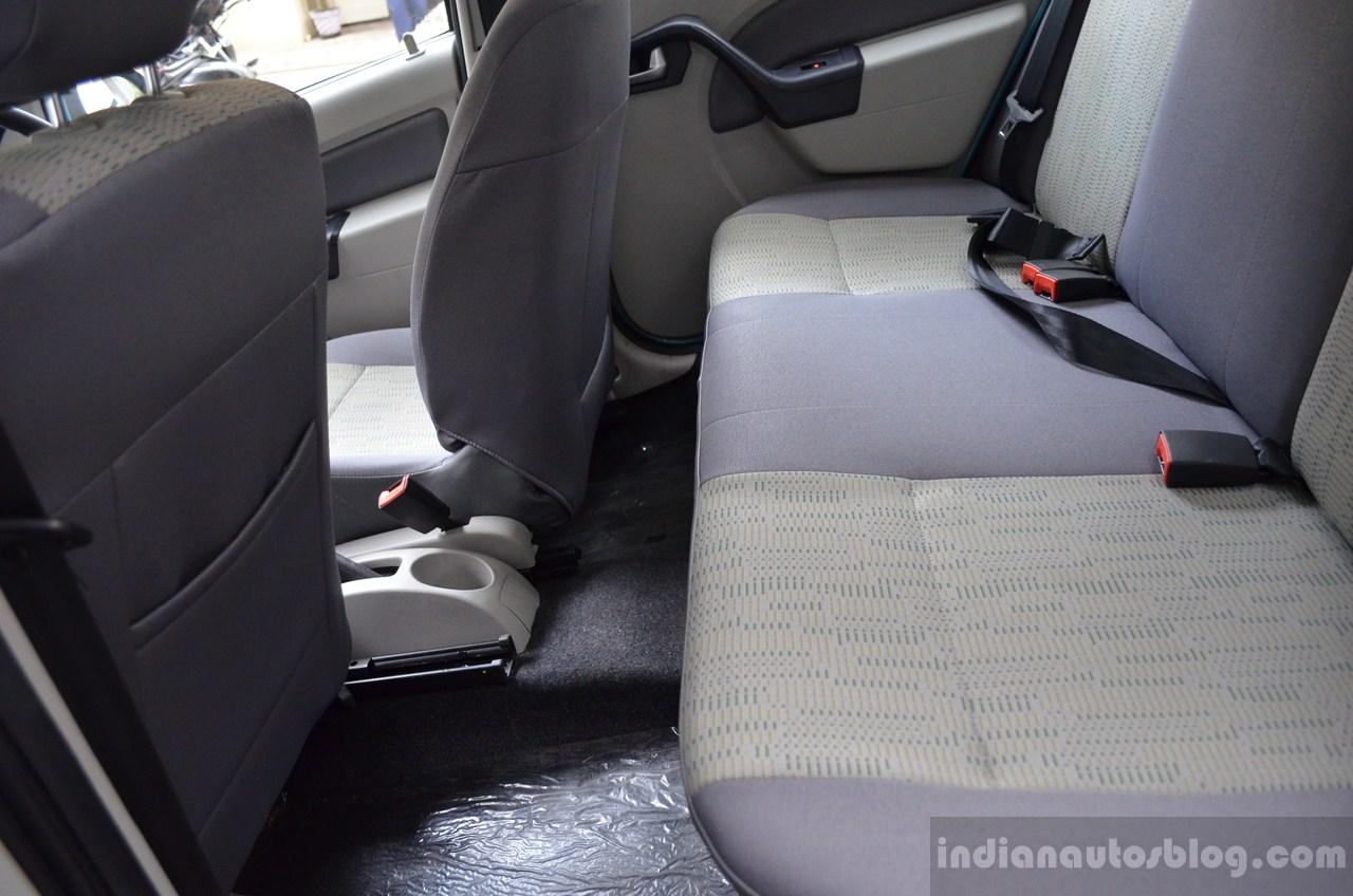 Mahindra Verito Vibe rear seat maximum space