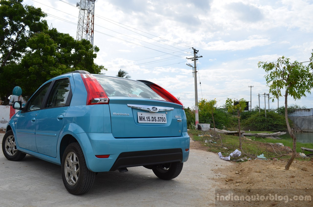 Mahindra Verito Vibe rear three quarter