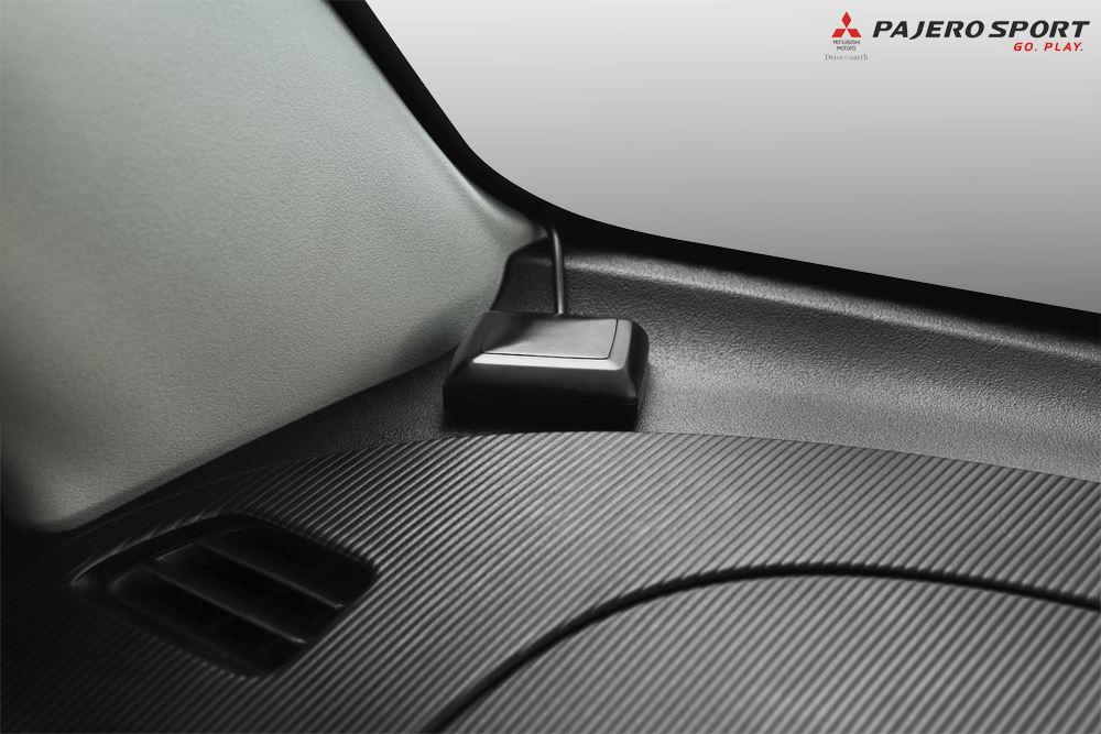 Rear parking sensor of the Mitsubishi Pajero Sport Anniversary Edition