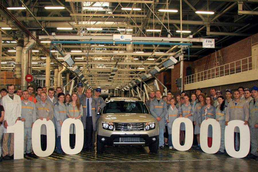 Renault Duster Russia 100000 milestone local production
