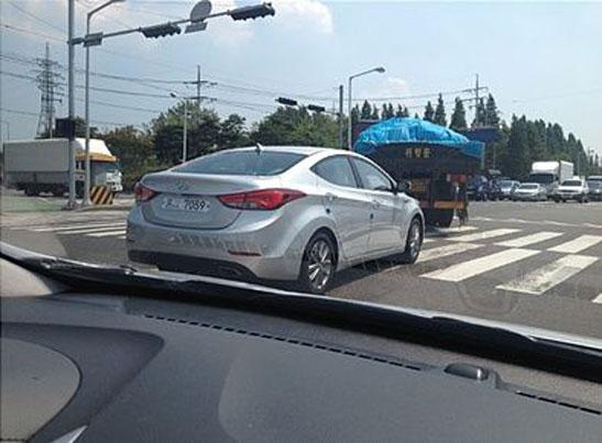 2014 Hyundai Elantra Avante spied rear