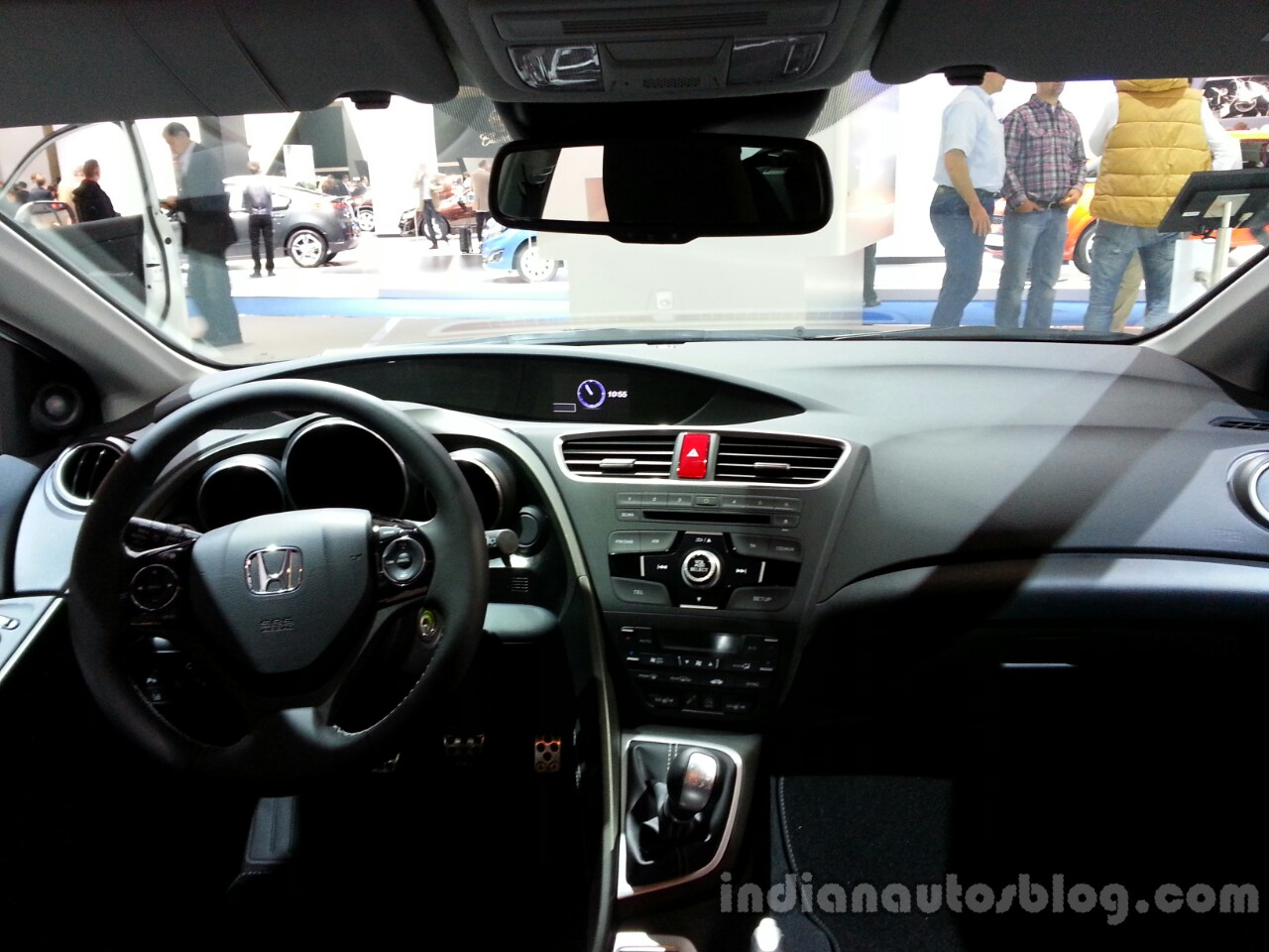 Dashboard of the Honda Civic Tourer