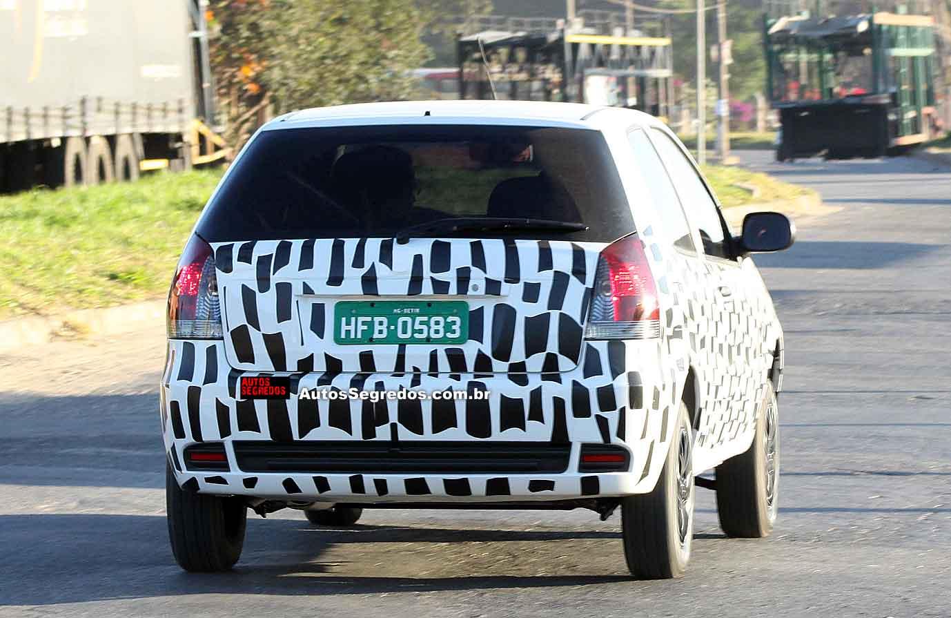Fiat Palio Fire facelift spied in Brazil - rear