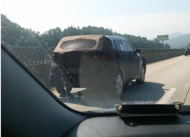 Hyundai mini SUV spied in Korea-Rear