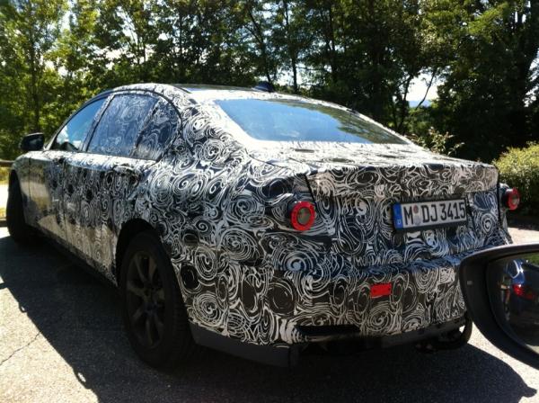 next generation 2016 BMW 7 Series spied rear