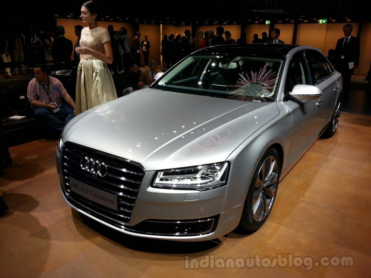 2014 Audi A8 Front Right