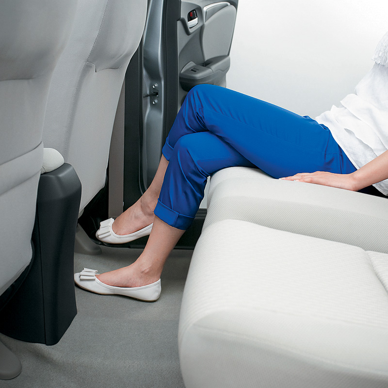 2014 Honda Jazz legroom