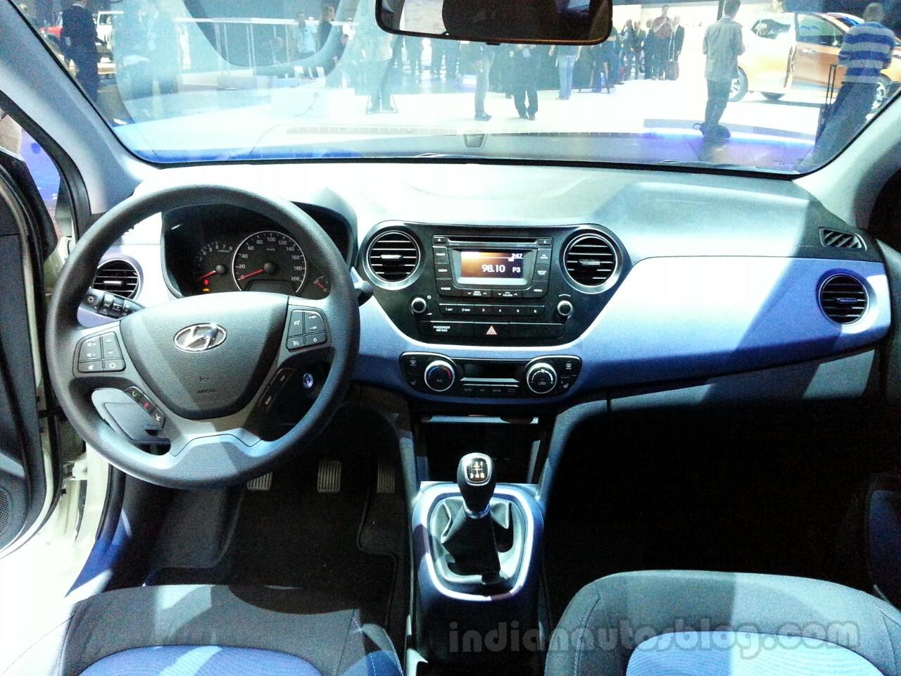 2014 Hyundai i10 Dashboard