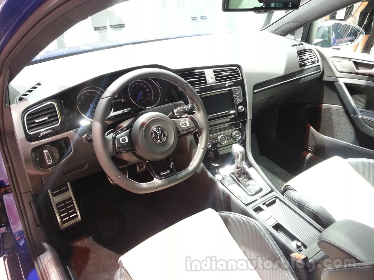 2014 VW Golf R Dashboard