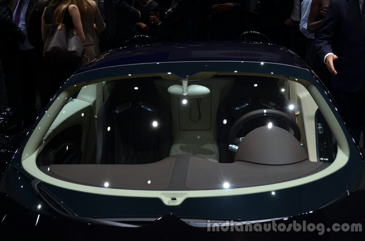 "Bugatti Veyron Grand Sport Vitesse ""Jean Bugatti"" edition windscreen"