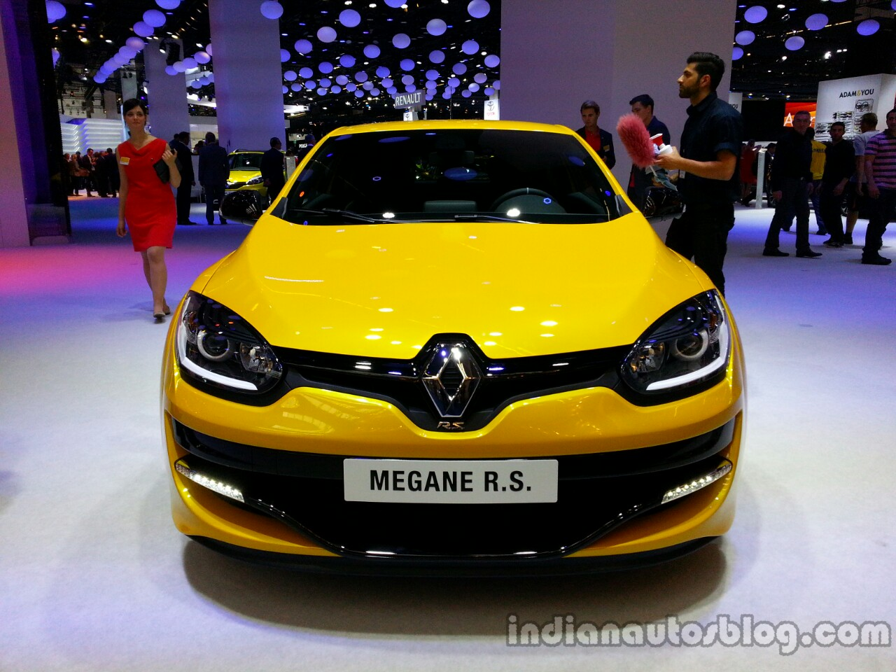Front of the 2014 Renault Megane RS