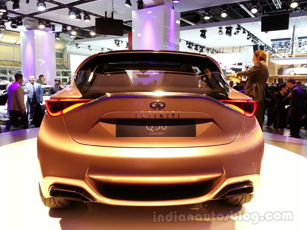 Infinity Q30 Concept Rear