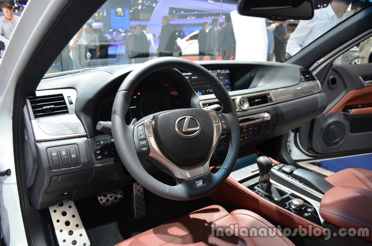https://img.indianautosblog.com/2013/09/Interior-of-the-2014-Lexus-GS-300h.jpg