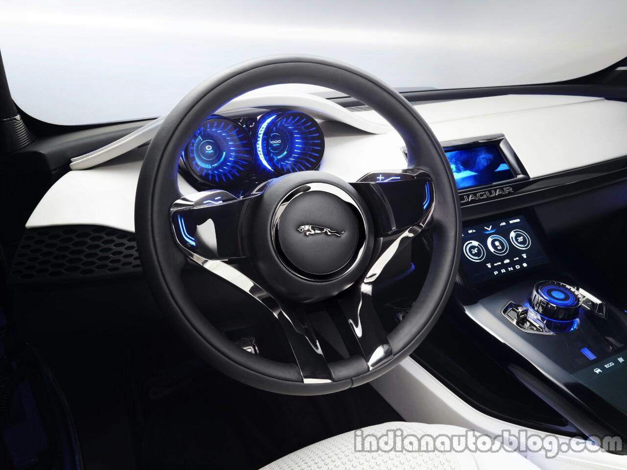 Jaguar C-X17 steering wheel