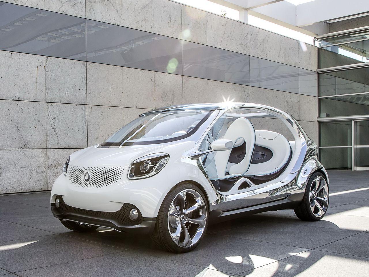 Smart FourJoy Concept front three quarters
