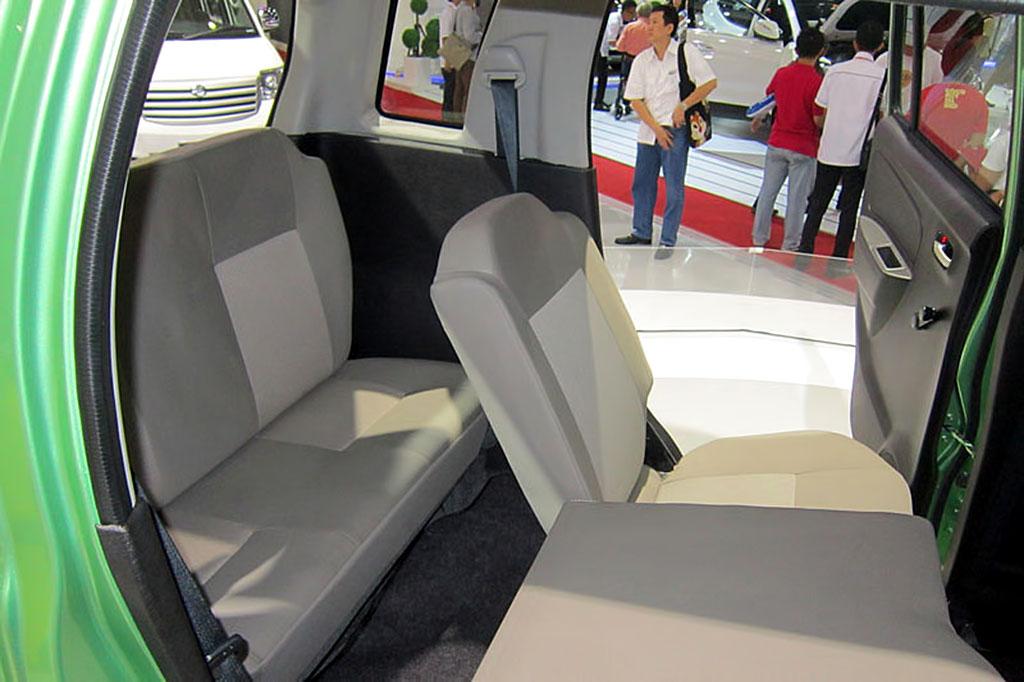 Suzuki Karimun Wagon R 7-seater MPV third row seats