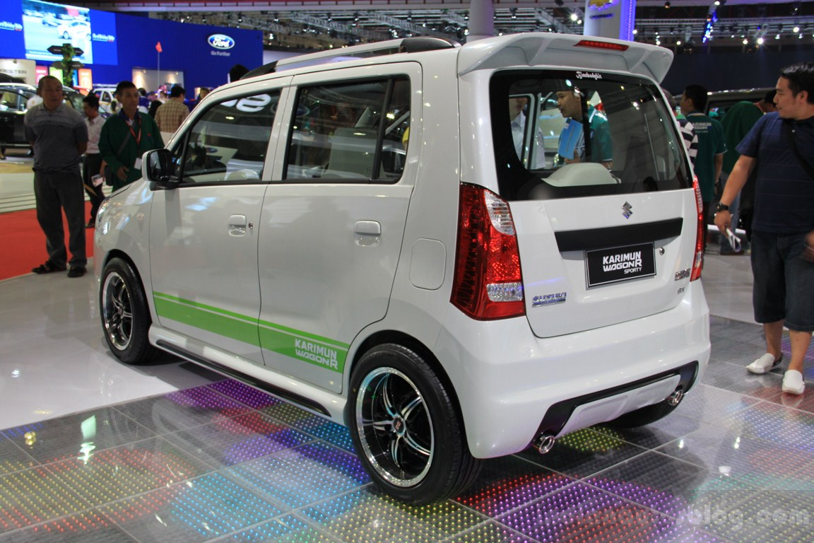 Suzuki Karimun Wagon R Sporty Rear Three Quarters