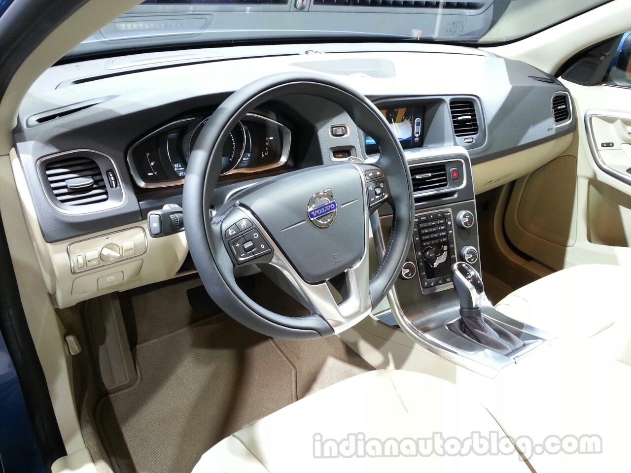 Updates Volvo S60 Dashboard