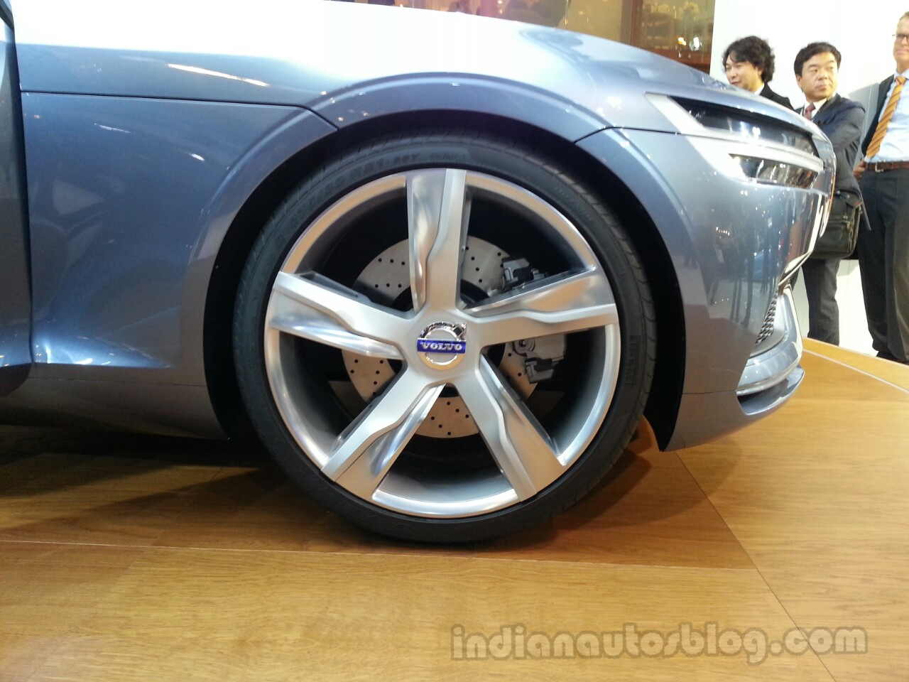 Wheels of Volvo Concept Coupe